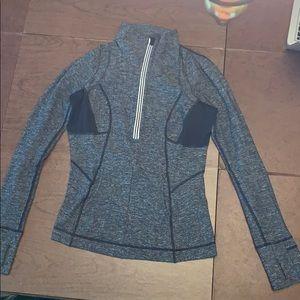LULULEMON 1/4 zip long sleeve pullover top.